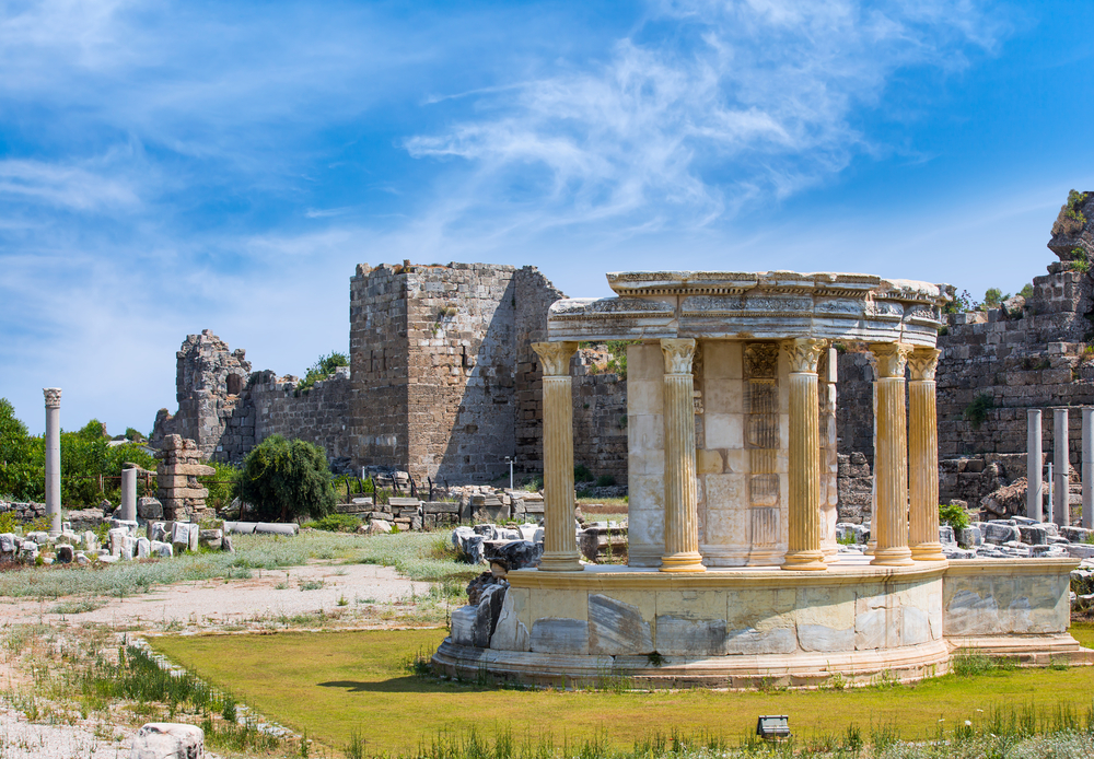 Side Tyrkiet – Sol, strand og kultur