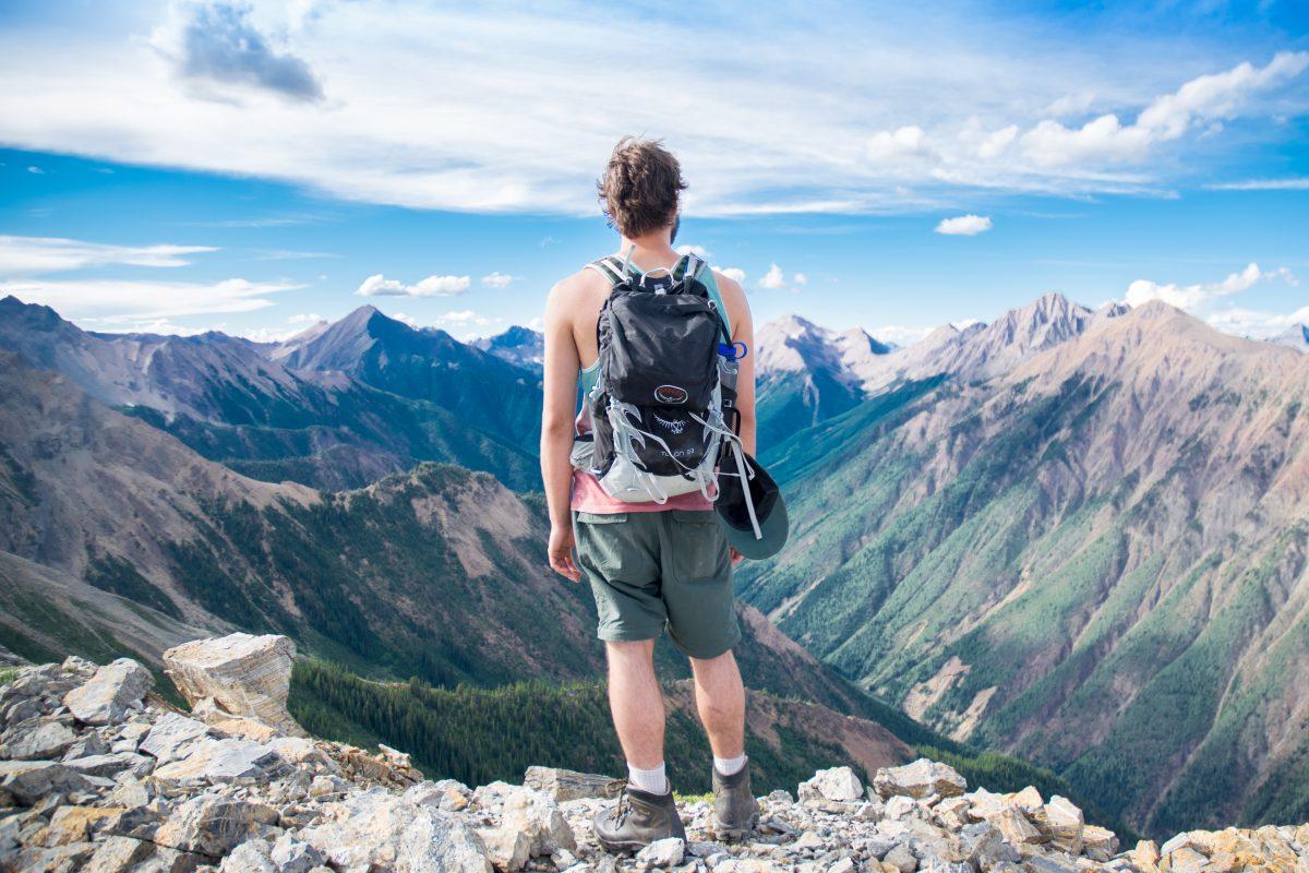 Backpacking eller skræddersyet rejse? Det skal du vælge